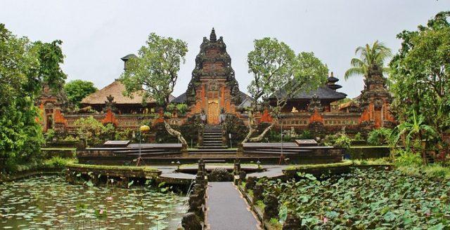 Se rendre à Bali: les plus beaux endroits à visiter sur l'île des dieux